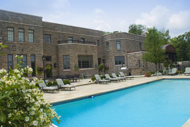 19-Sound-View-outdoor-pool-armonk